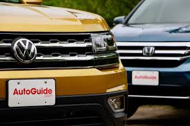 vw atlas 2018 volkswagen atlas vs 2017 honda pilot comparison test