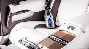 rolls royce interior 2017 2017 rolls royce wraith inspired by british music roger daltrey
