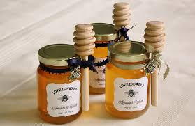 wedding favor diy honey jar wedding favors wedding wednesday at cloverhill