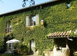 chambres d hotes beaujolais bienvenue aux chambres d hôte de la ferme de valpierre à dracé en