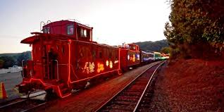 sunol train of lights 2016 niles canyon railway caboose departing from niles at 4 30 pm