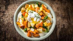que cuisiner avec des oeufs ragoût de légumes d hiver avec oeuf poché recette unilever