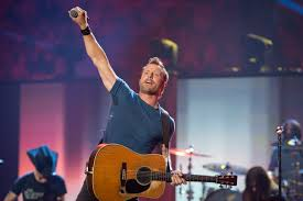 dierks bentley family jason aldean dierks bentley more will return to iheartcountry