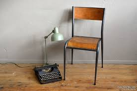 chaise mullca chaise mullca l atelier lurette rénovation de meubles vintage