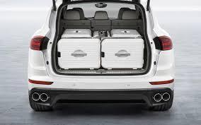 bentley bentayga trunk comparison porsche cayenne hybrid 2017 vs bentley bentayga