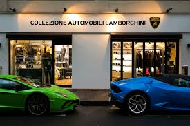 golden lamborghini japan gets its first official lamborghini store at ginza