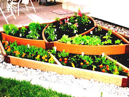 simple landscaping ideas for small areas country vegetable garden
