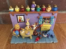 winnie the pooh menorah vtg winnie the pooh hanukkah menorah hanukah party 9 candle