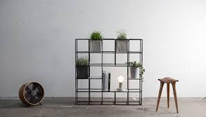 libreria contemporanea libreria modulare contemporanea per piante e libri ipot