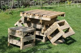 Pallets Patio Furniture by Best Diy Patio Furniture Ideas
