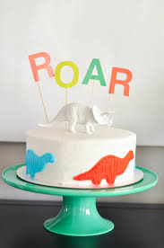 dinosaur birthday cake bodhi s dinosaur themed third birthday party dessert table