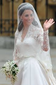 kate middleton wedding dress 10 things you didn t about kate middleton s wedding dress