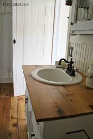 Small Farm Sink For Bathroom by Farmhouse 5540 Farmhouse Bathroom For The Barn A Vintage Look