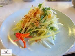 recette de cuisine vietnamienne fourchettes et baguettes salade de mangue verte vietnamienne