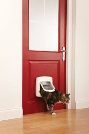 petsafe staywell deluxe magnetic cat flap white amazon co uk
