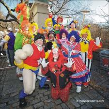 thanksgiving day parade 2014 28 best macy s parade 2014 clowns images on