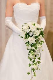 White Rose Bouquet Best 25 White Rose Bouquet Ideas On Pinterest White Roses
