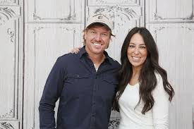 where do chip and joanna live owners of destroyed fixer upper home feel deceived by gaines
