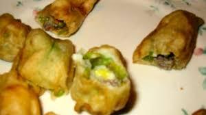 fiori di zucca fritti in pastella fiori di zucchina ripieni e fritti in pastella le vostre ricette