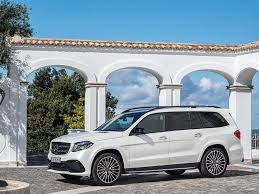 mercedes 3 row suv 10 top luxury suvs with a 3rd row autobytel com