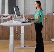 bureau pour travailler debout pour soulager votre dos travaillez debout bio santé beauté