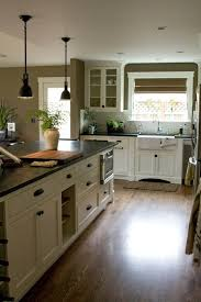 Kitchen Cabinets With Knobs Best 25 Cream Colored Cabinets Ideas On Pinterest Cream