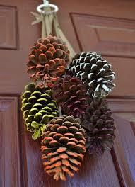 29 creative fall pinecone decorations you ll digsdigs