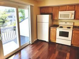apartment unit 11 at 73 coalpit hill road danbury ct 06810 hotpads