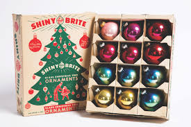 find out why we all want a very midcentury christmas this year