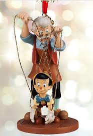 79 best pinnochio images on pinocchio water globes
