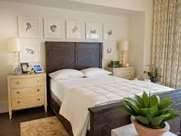 What Accent Color Goes With Grey What Color Walls Go With Grey Bedding Green Bedroom Good Interior