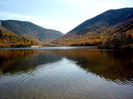 New Hampshire mountains images Echo lake at foot of cannon mountain franconia notch new hampshire jpg