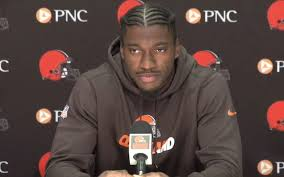 Why Did Rg3 Get Benched Robert Griffin Iii Is As Full Of Cliches And Slogans As Ever In