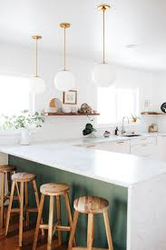 Contrasting Kitchen Cabinets Best 25 City Style Kitchen Cabinets Ideas On Pinterest City