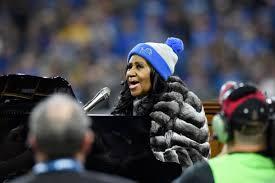 cbs thanksgiving football watch aretha franklin u0027s amazing national anthem rendition gobbles