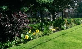 garden fence line ideas garden xcyyxh com