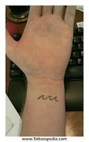 v line tattoos for 1
