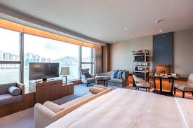 hotel review kerry hotel hong kong club premier sea view room