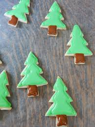 how to decorate christmas tree cookies with royal icing