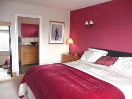 Red Feature Wall In Bedroom Bedroom Charming Modern Maroon Bedroom Decoration Design Ideas