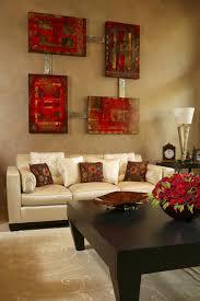 decoration de montagne une déco de salon avec du tempérament chaud en rouge design feria