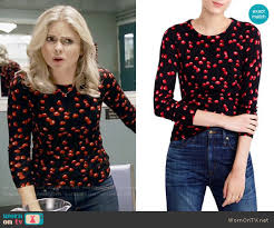 tippi sweater wornontv liv s black cherry print sweater on izombie