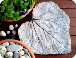 Garden Art To Make - gardenmama garden art leaf sculptures tutorial