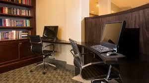 Hilton Diamond Desk Doubletree Detroit Novi A Hotel In Novi Michigan