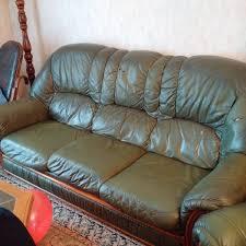 donne canape recyclage objet récupe objet donne canapé cuir abîmé à