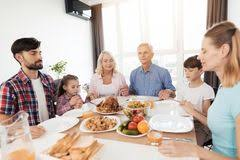 family thanksgiving stock photos 5 942 images