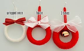 make it mini wreath ornaments curbly