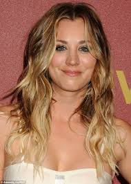 why kaley cucoo cut her hair kaley cuoco cuts six inches of hair off for sexy new bob daily