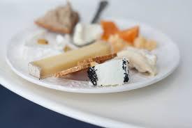 ardoise de fromage faience de gien et plateaux de fromage