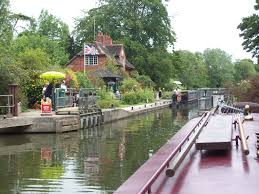 George Michael House Down The Thames To Henley U2013 Dignitysblog